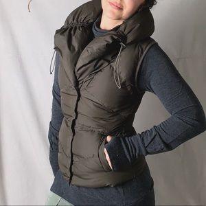 ELIE TAHARI Goose Down Hooded Puffer Vest